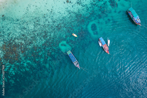 Keuken foto achterwand Vliegtuig Aerial top view. Marine tour boat in the sea in island. summer beach and sea travel concept. Island public place. for advertising travel.