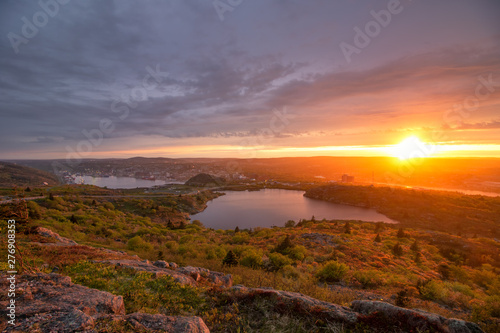 Fotomural Sunset over St Johns Newfoundland from the top of Signal Hill National Historic