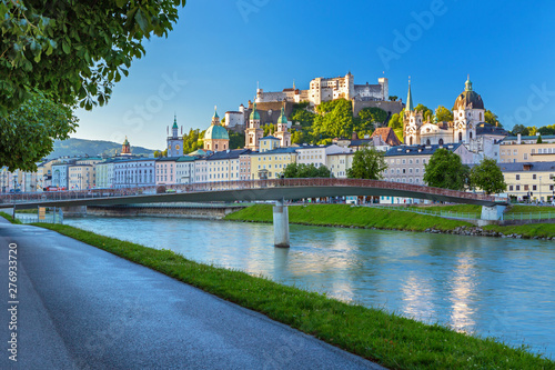 Morning view on Salzburg skyline with Festung Hohensalzburg in the summer, Salzb Tablou Canvas