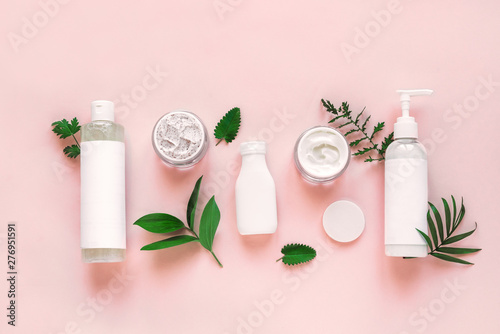 Canvastavla Natural cosmetics and leaves