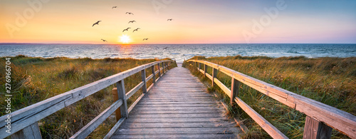 Photo sur Toile Ponts Beautiful dunes beach at sunset, North Sea, Germany