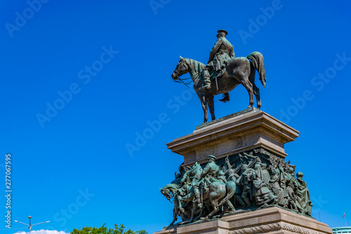 Monument of tsar Osvoboditel in Sofia, Bulgaria Fototapeta