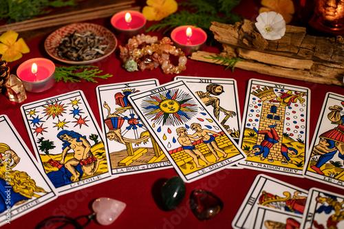 Tarot de Marseille tirage de carte divinatoire en cartomancie Canvas Print