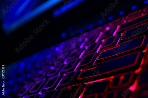 Backlight gaming keyboard with versatile color schemes Tablou Canvas