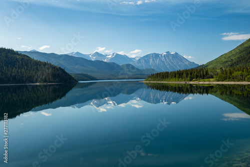 Fototapeta Jezioro landschaft-mit-see-in-kanada