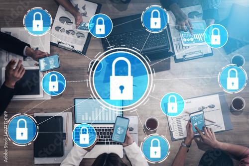 Fotografía  Cyber Security and Digital Data Protection Concept