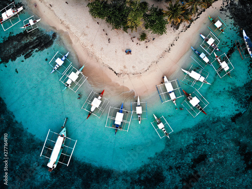 Foto auf Leinwand Insel Aerial View of Guyam Island, Siargao - The Philippines