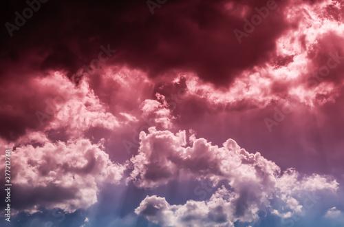 Foto  dramatic dark red clouds in the sky