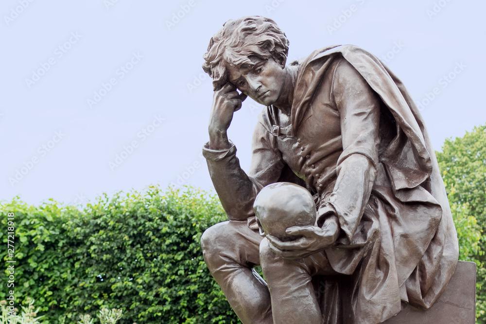 Fototapety, obrazy: Statue of Hamlet