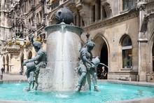 Fontana Del Pesce (monaco Di B...