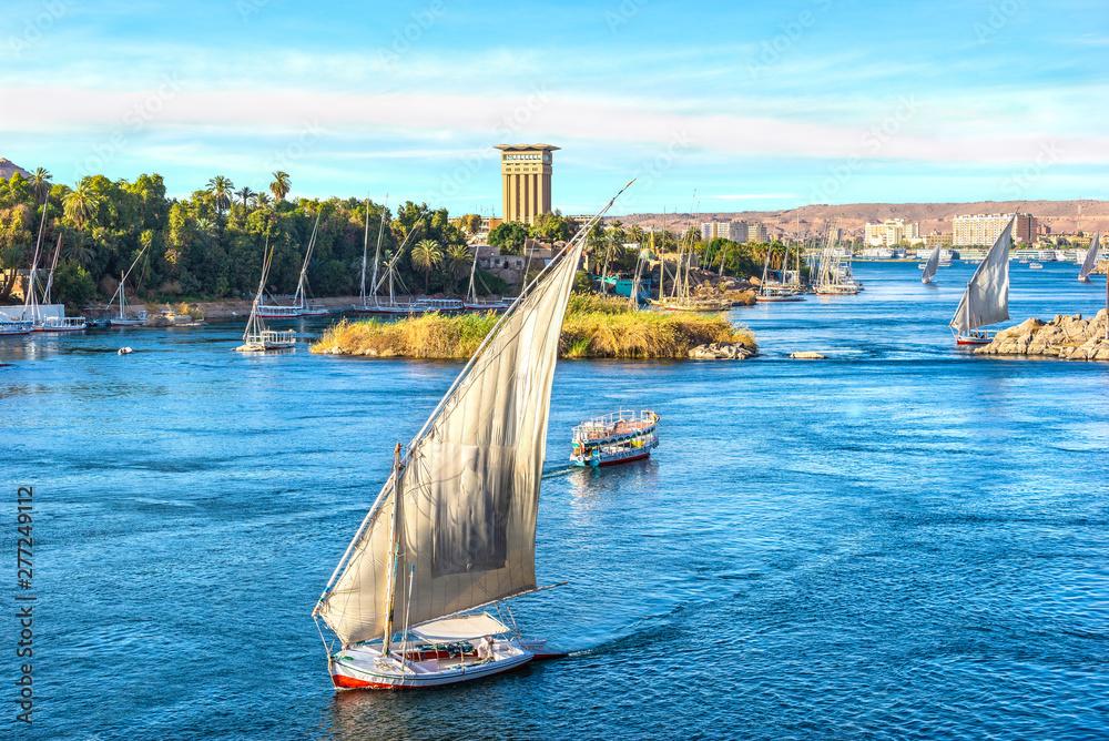 Fototapeta Sunset over Nile in Aswan