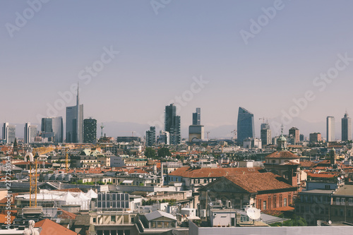 Fond de hotte en verre imprimé Milan Panoramic view of Milan city with modern buildings from Milan Cathedral