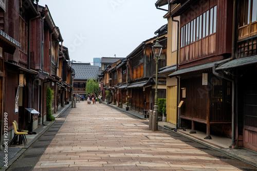 Fototapeten Schmale Gasse 金沢東山茶街