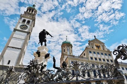 Photo Augsburg, Augustusbrunnen, Perlachturm und Rathaus