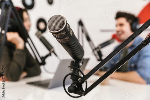 Fotomural Two radio hosts moderating a live show