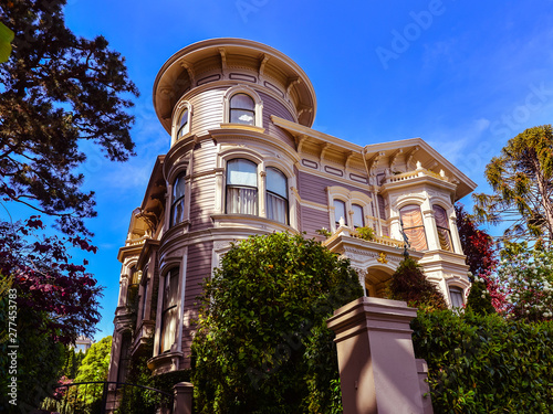 Foto  Queen Anne Style Victorian Home - San Francisco, CA