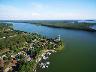 Wdzydze kiszewskie tucholskie jeziora kaszuby park krajobrazowy lato żaglówki z lotu ptaka