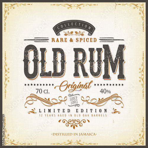 Photo Vintage Old Rum Label For Bottle/ Illustration of a vintage design elegant rum b