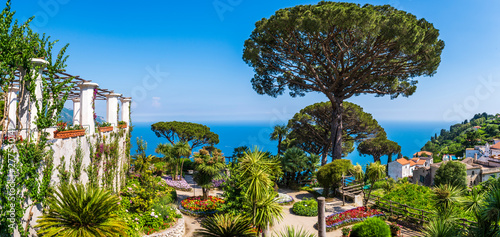 Spoed Foto op Canvas Mediterraans Europa The beautiful gardens of Villa Rufolo in Ravello, Amalfi Coast in Italy