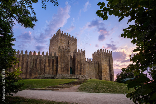 Valokuvatapetti Guimaraes Castle