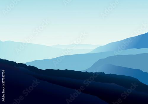 Photo  Paisaje azulado de montañas que se difumina