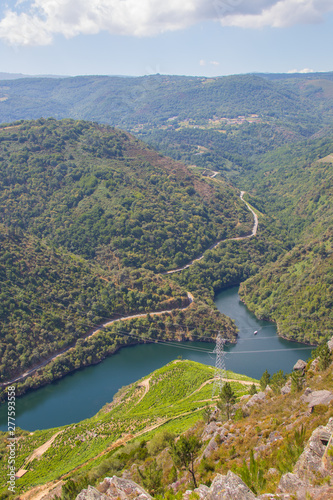 Foto auf Gartenposter Fluss landscape of the sil canyon from the viewpoint do duque, ribeira sacra, ourense, galicia, spain