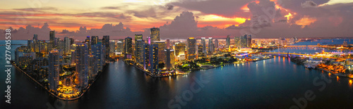 Obraz Miami Downtown Panorama - fototapety do salonu