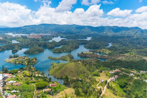 Foto op Plexiglas Zuid-Amerika land A panoramic view of Guatape from the..stone of Peñol