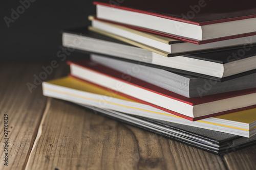 Photo 山盛りの本