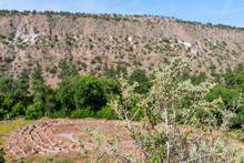 Old Pueblo Ruins At Main Loop ...