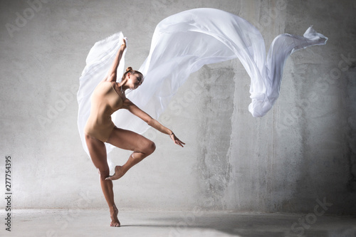 Naklejki taniec ballet-dancer-in-the-work-the-dancer-with-a-cloth-a-girl-with-a-beautiful-body-elegantly-girl-graceful-woman-lady-in-dance-athletic-body-time-show-the-girl-in-flight-wite-silk-in-air-girl