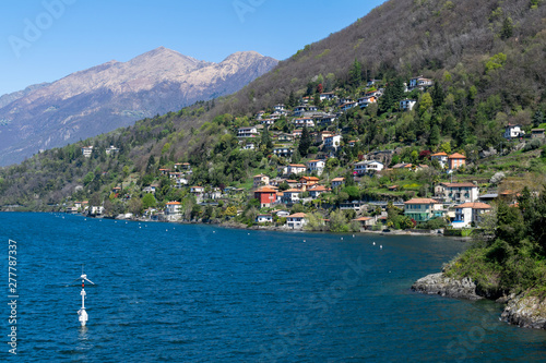 Photo Stands Caribbean Landscape with villas over Como Lake shore