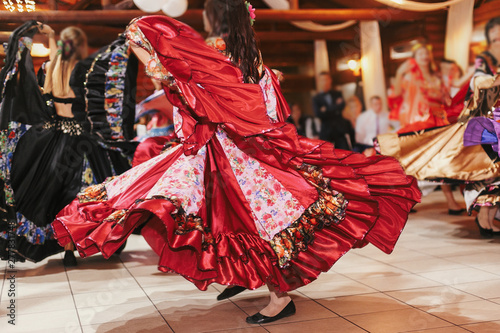 Photo  Gypsy dance festival, Woman performing romany dance and folk songs in national clothing