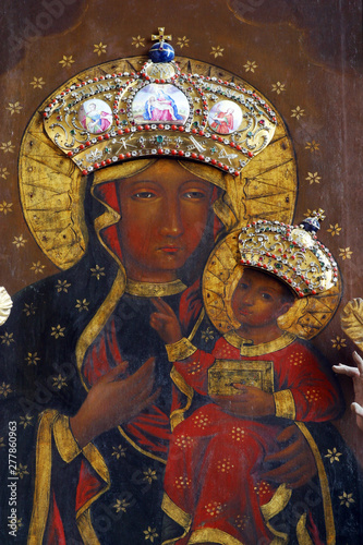 Fotografie, Obraz  Our Lady of Czestochowa altarpiece in the church of Immaculate Conception in Lep