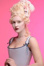 Fashion Face Beauty Portrait R...