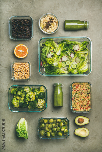 Photo  Healthy vegan dishes in glass containers