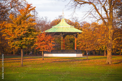 Photo Greenwich Park bandstand in London