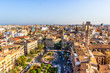 Blick auf die Plaza de la Reina, rechts davon die Iglesia de Santa Catalina, Valencia, Spanien