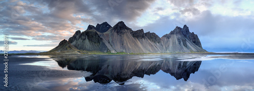 Sand dunes on the Stokksnes on southeastern Icelandic coast with Vestrahorn (Batman Mountain) фототапет