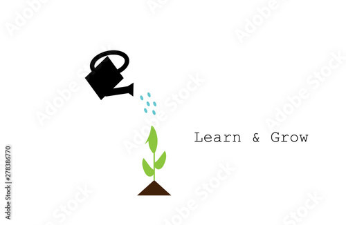 watering can watering plant with inspirational quote: Learn & Grow Fototapet