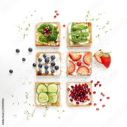 Photo  gesunde vegetarische Toasts