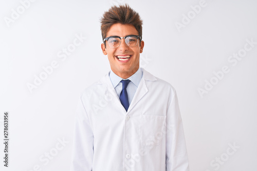 Fotografía  Young handsome sciencist man wearing glasses and coat over isolated white background with a happy and cool smile on face