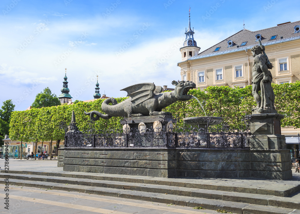 Fototapeta Lindworm Fountain - symbol landmark of the city Klagenfurt in Austria