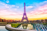 Fototapeta Fototapety z wieżą Eiffla - Eiffel Tower at sunset in Paris, France. Romantic travel background