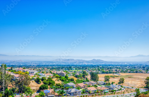view of the city from mountains in inland empire Fototapete
