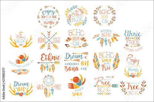 La pose en embrasure Style Boho Boho Logo Hand Drawn Banner Set Of Artistic Decorative Vector Design Writing.
