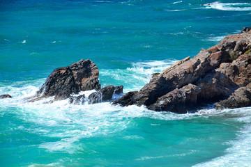 Kreta Sturm mit Felsen