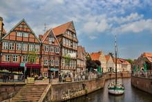 Hafen In Der Altstadt Von Stad...