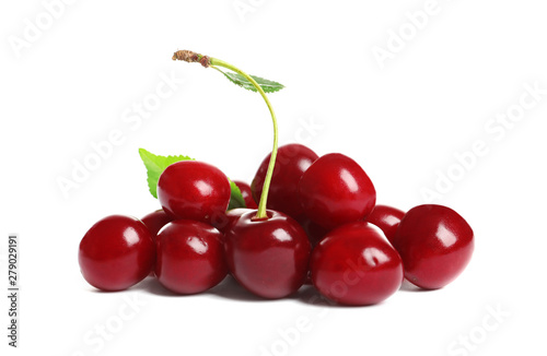 Cuadros en Lienzo Pile of delicious ripe sweet cherries on white background