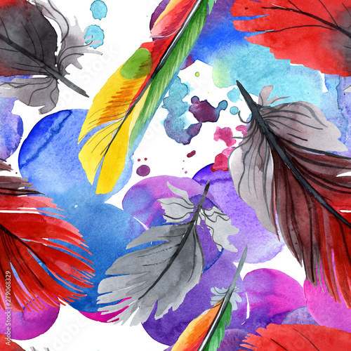 La pose en embrasure Fées, elfes Colorful bird feather from wing isolated. Watercolour drawing fashion aquarelle. Fabric wallpaper print texture.